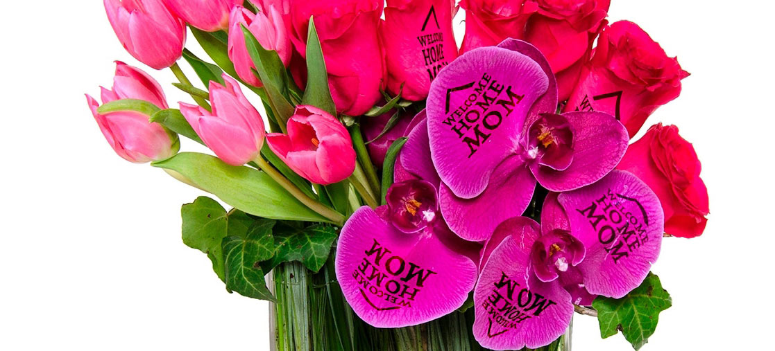 Write a message for Mom in the Flower!