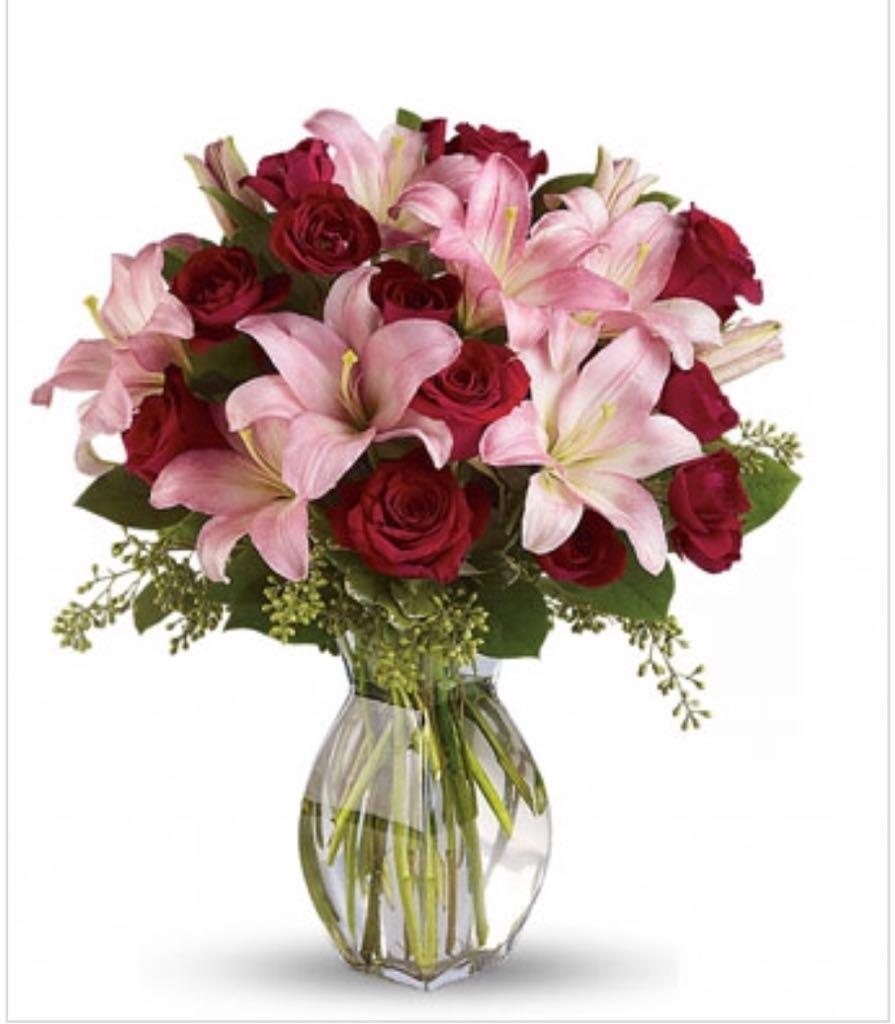 1 dozen lily beautiful flowers arrangement sunlight flower shop beautiful flowers arrangement sale new izmirmasajfo